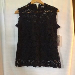 NANETTE - Cap Sleeves High Neck Lace Top Size M